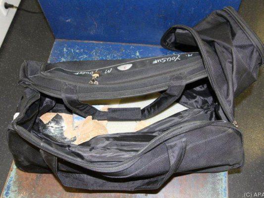 Ein Pakistani hatte diese Tasche bei sich
