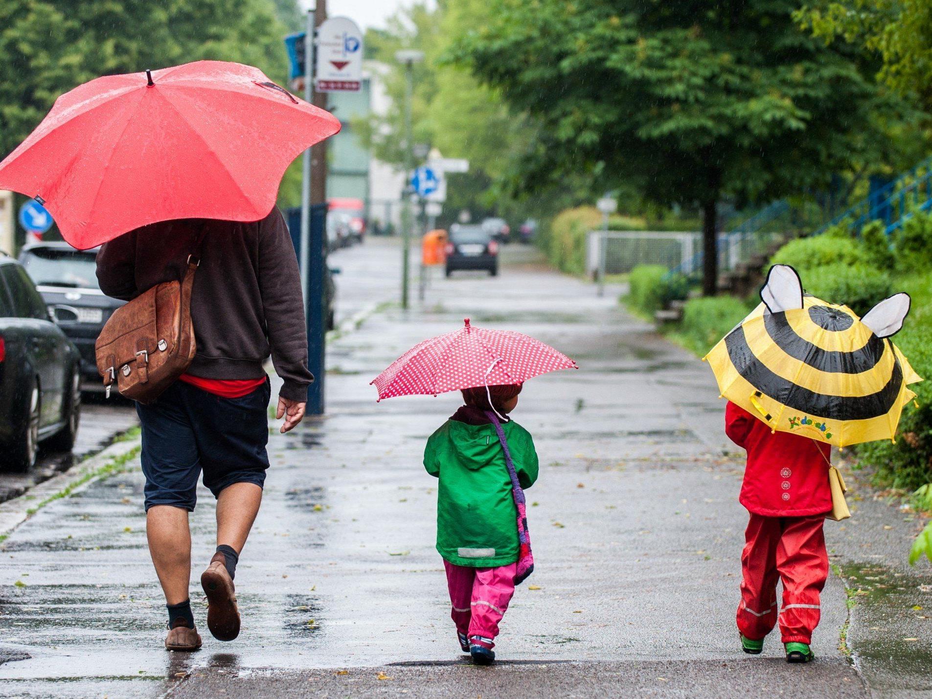 Wetter - Abkühlung um knapp zehn Grad und Regenschauer