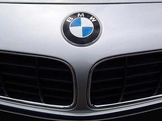 Mit einem gestohlenen BMW wurde ein Mann auf der A4 angehalten