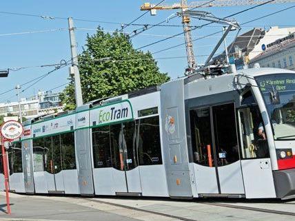 Auf der Linie 62 war die Energiespar-Bim unterwegs.