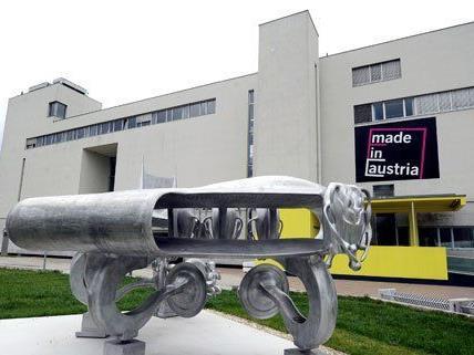 Die Erlaubnis zum Verkauf der Kunstsammlung wurde bereits im April erteilt.