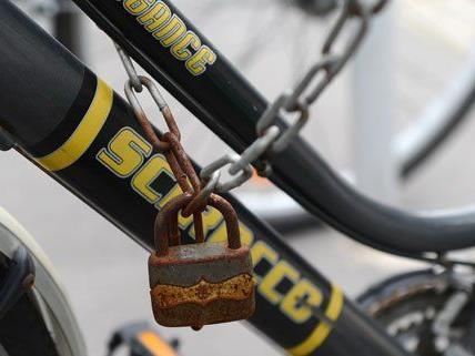 In einer offenen Facebook-Gruppe können Wiener ihre gestohlenen Fahrräder posten.