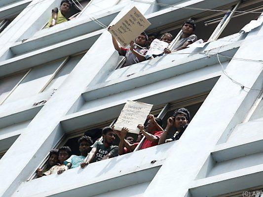Arbeiter forderten ihre Löhne ein
