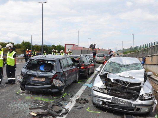 Unfall im Bereich der Floridsdorfer Brücke