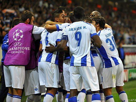 FC Porto gewann beim OSC Lillie mit 1:0