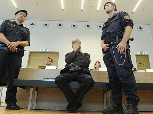 Beim Prozess in Korneuburg