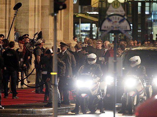 """Dreharbeiten zu """"Mission: Impossible 5"""" vor der Wiener Staatsoper in der Nacht auf Mittwoch"""