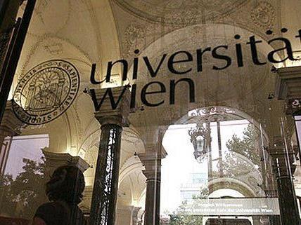 Zahlreiche Aufnahmetests gibt es mittlerweile an der Uni Wien.