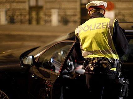 Positive Alkoholuntersuchung nach Verkehrsunfall in Wien-Hietzing