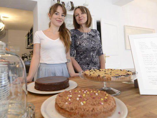 Tochter Franka Rothaug und Margret Rothaug führen das neue Café.