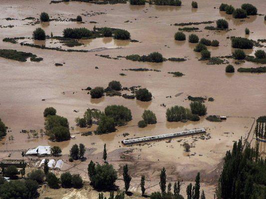 Millionen Inder sind von den zerstörerischen Wassermassen betroffen