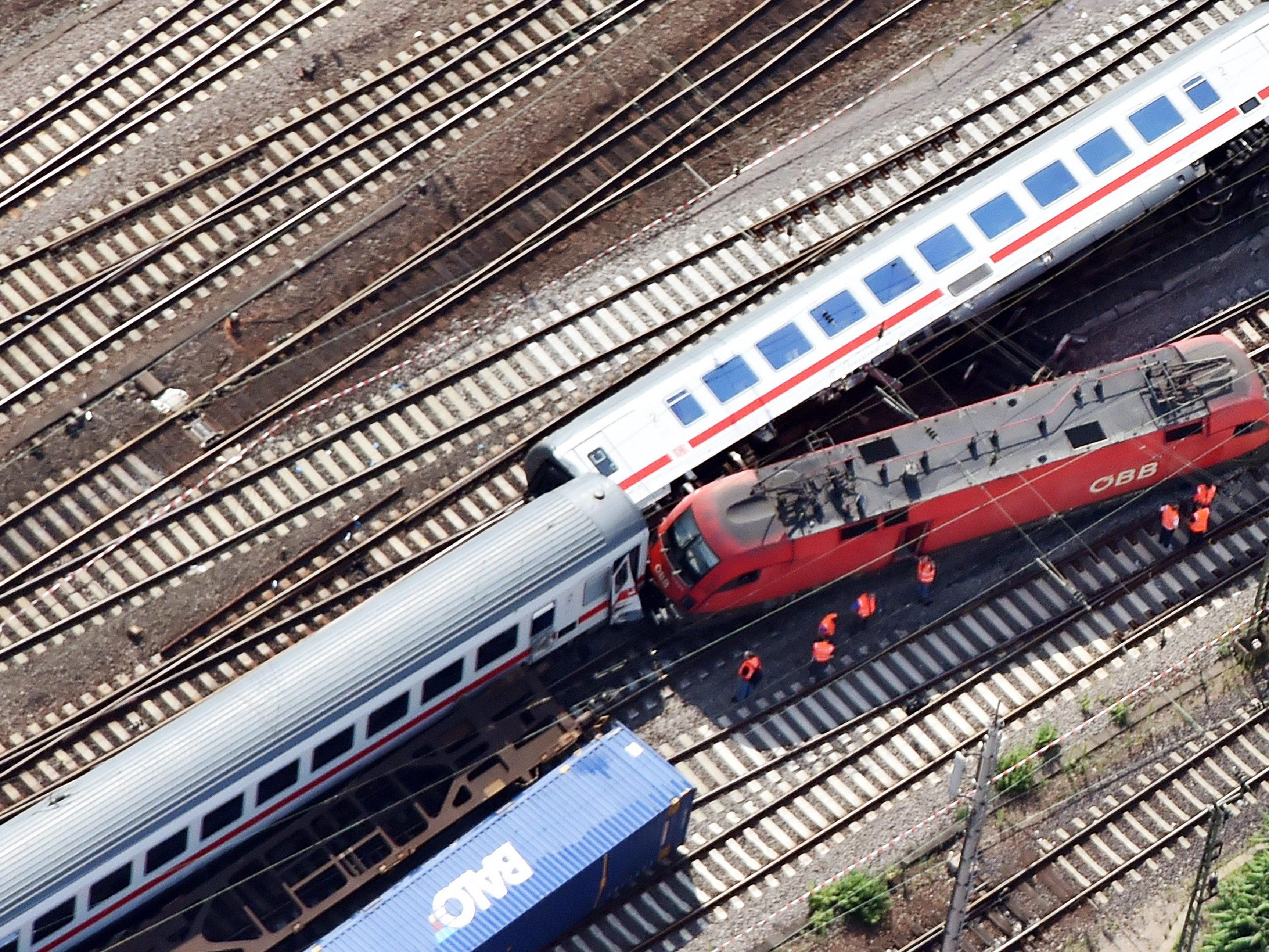 Zugsunglück in Mannheim forderte 35 Verletzte.