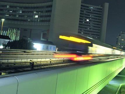 2010 hat die Nacht-U-Bahn den Betrieb aufgenommen.