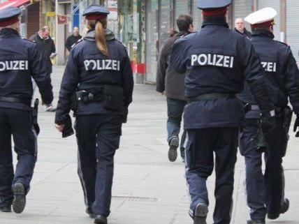 Auf der Mariahilfer Straße wurden vier Männer festgenommen.