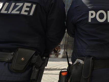 Insgesamt zehn Verdächtige sind von der Polizei festgenommen worden.