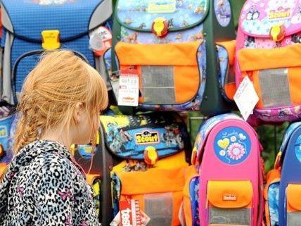 76 Euro geben die Wiener im Schnitt für Schulsachen aus.