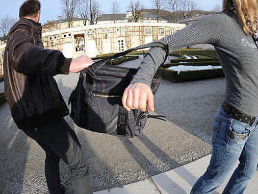 Die Studentin verfolgte den Taschendieb.
