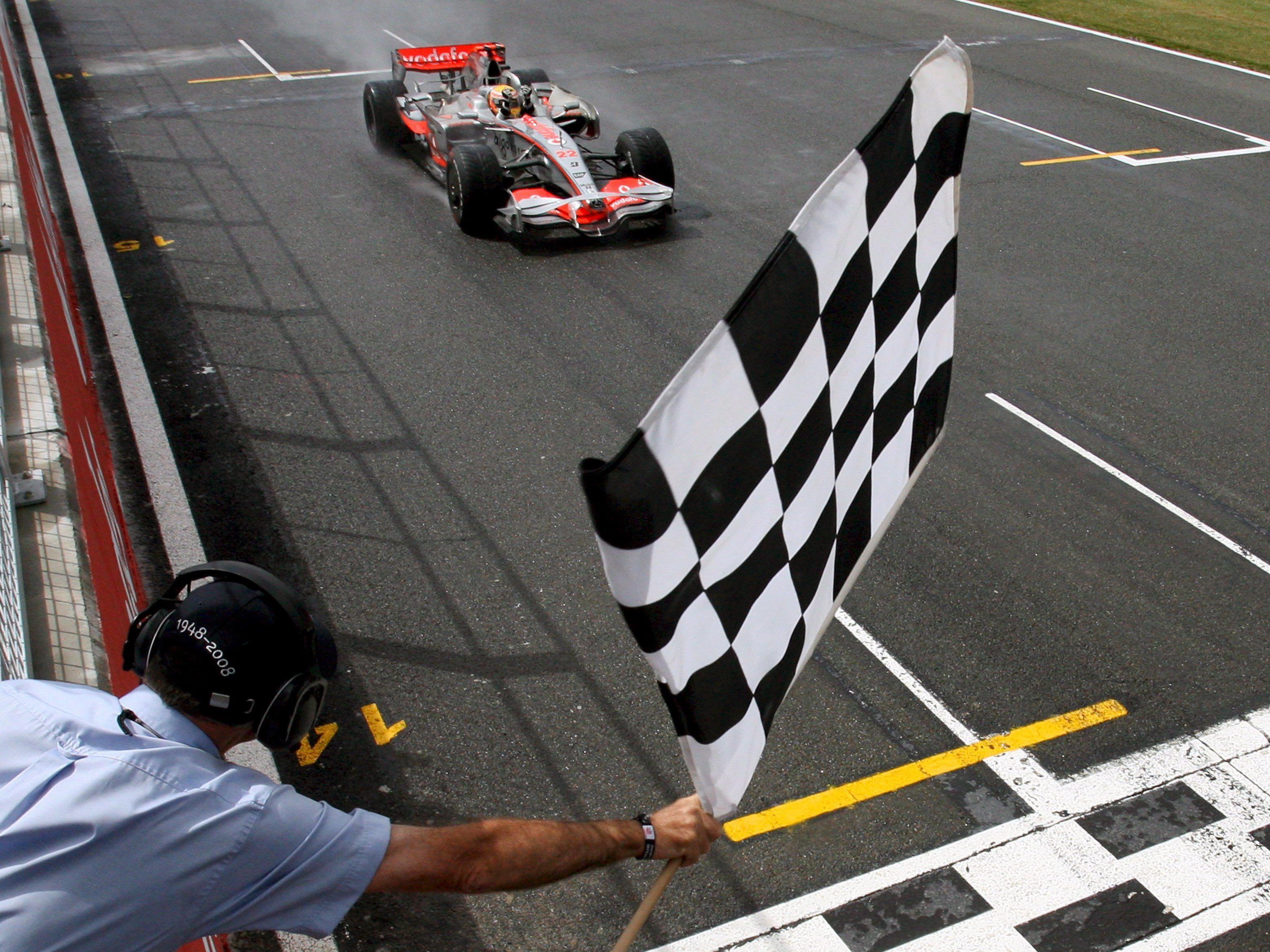 """Die Fans sind zwar nicht begeistert, aber die Fahrer freuen sich über die Änderung in der """"Parabolica""""-Kurve."""