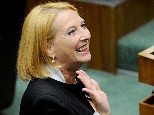 Doris Bures ist nun offiziell zur neuen Nationalratspräsidentin gewählt