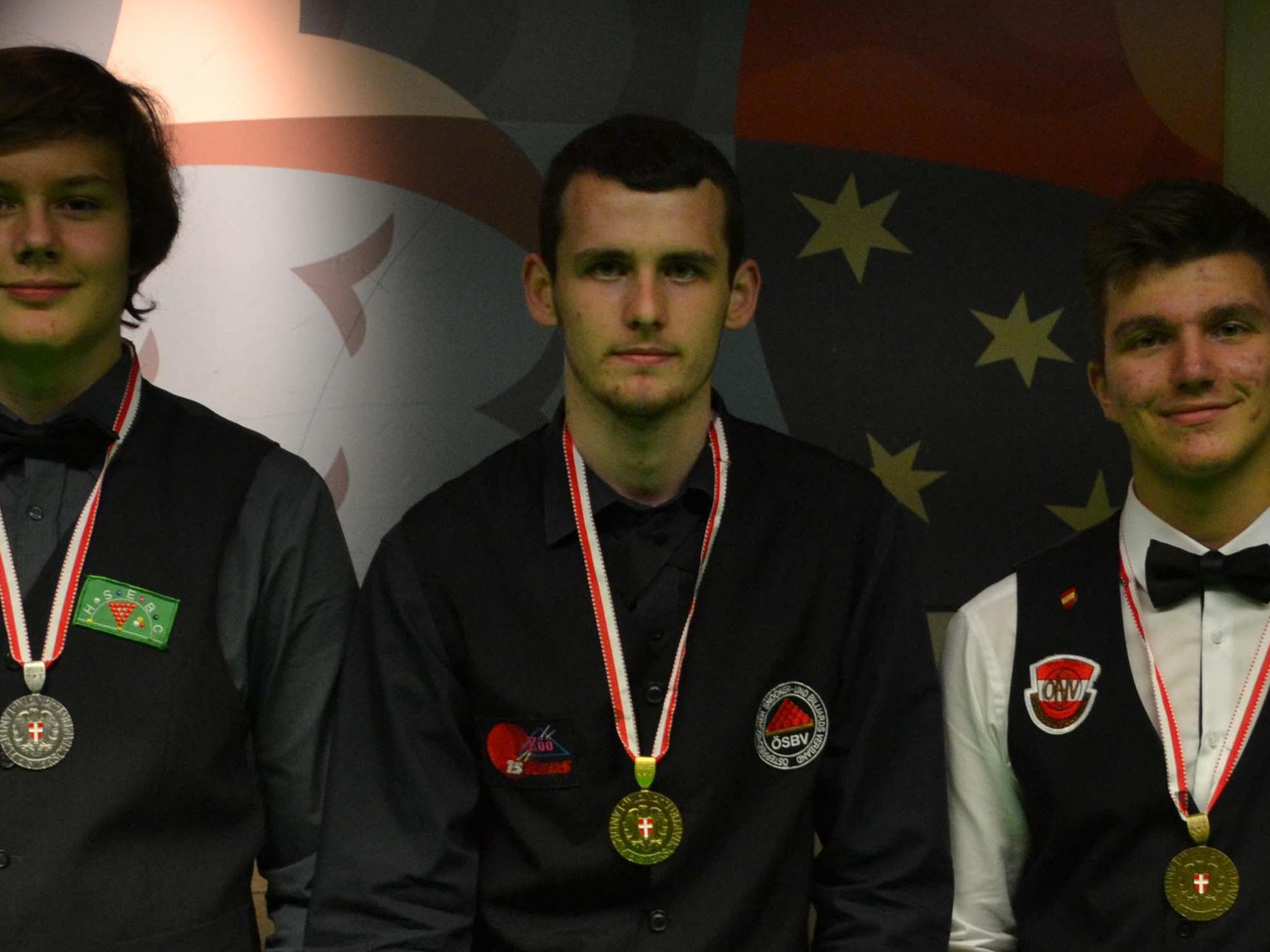 Oskar Charlesworth (2., HSEBC), Dominik Scherübl (1., 15Reds), Patrick Stift (3., HSEBC)