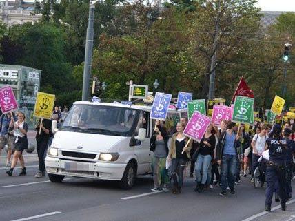 Schüler-Demo gegen Maximilian Krauss.