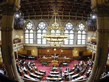 Hitzige Diskussionen im Wiener Landtag zur Flüchtlingsunterbringung.