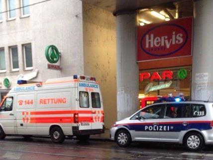 Am Gehsteig der Thaliastraße wurde im 16. Bezirk eine Leiche gefunden.