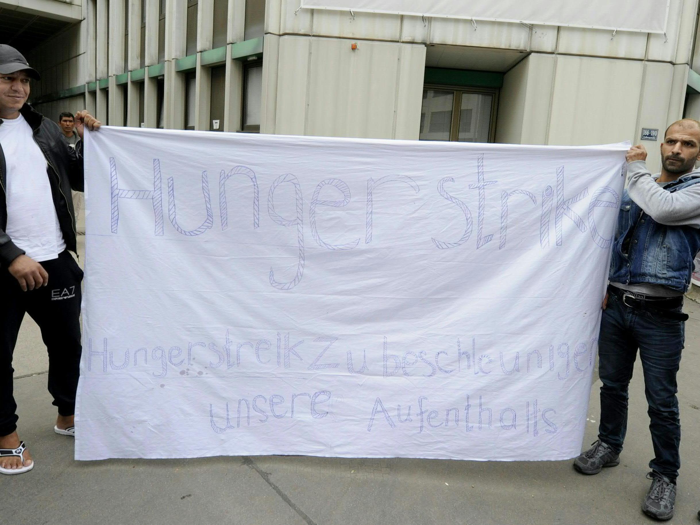 Flüchtlinge in Erdberg kündigen Hungerstreik an