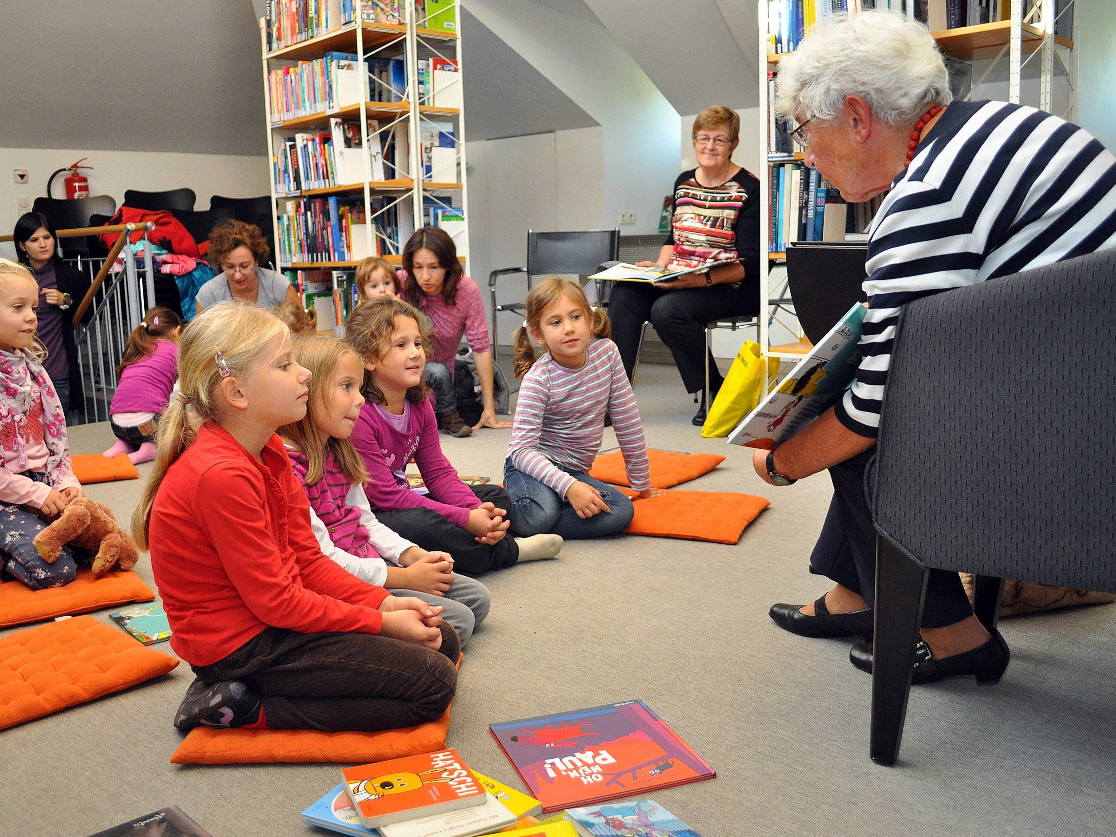 In Dornbirn gibt es spannende Aktionen für große und kleine Leser und Literaturbegeisterte.
