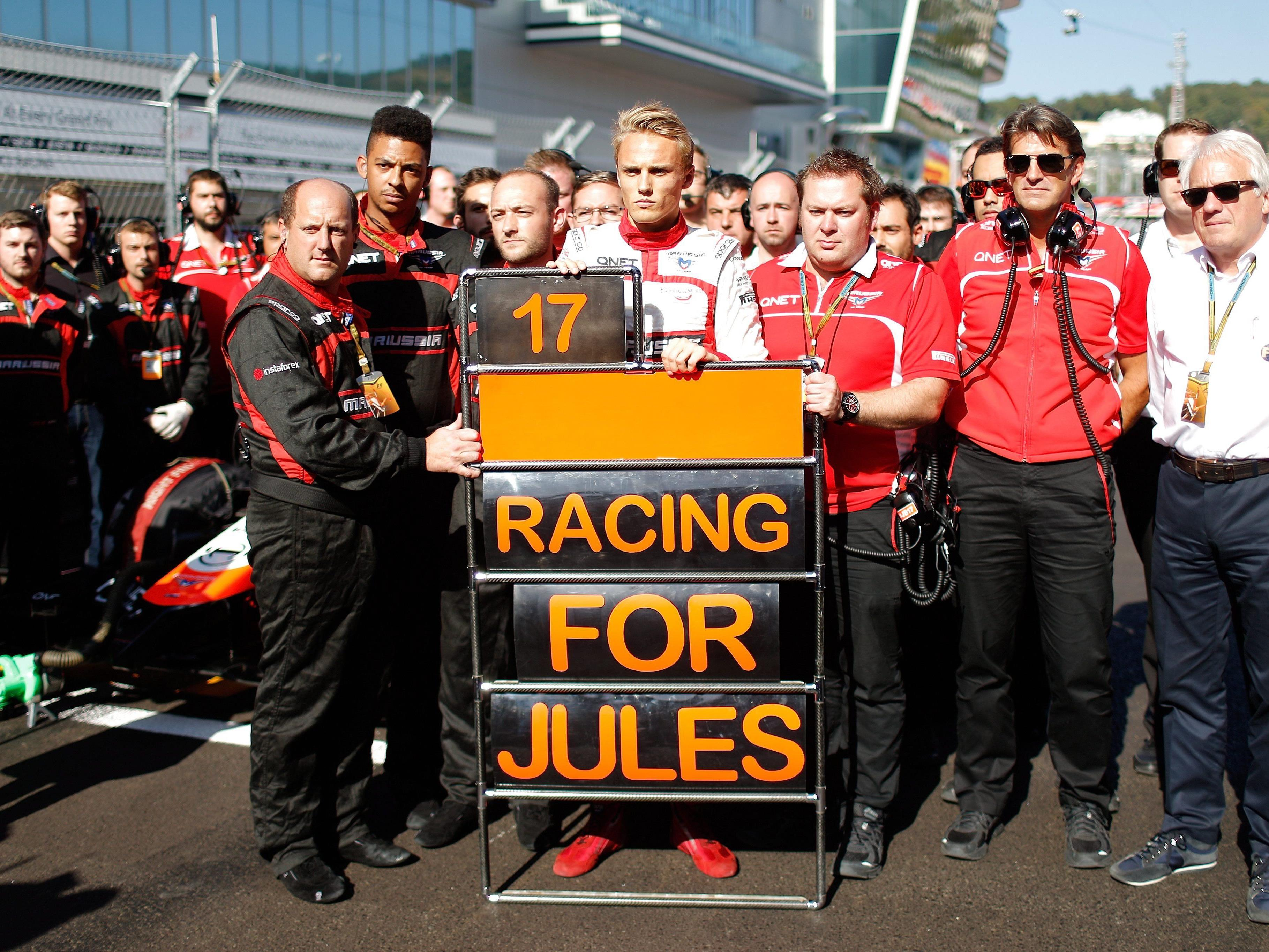 Die Formel-1-Teams zeigen ihre Anteilnahme am Unfall von Jules Bianchi.