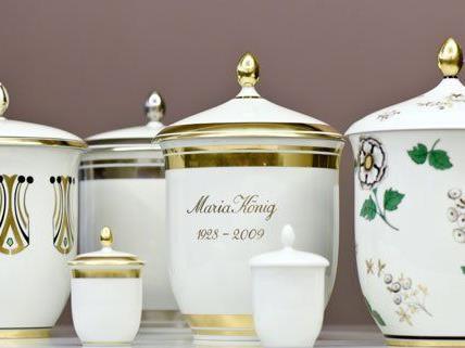 So sehen die Urnen der Porzellanmanufaktur Augarten aus.