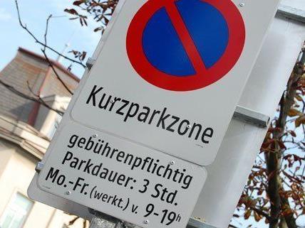 Um die Freidhöfe herum gelten teils Kurzparkzonen-Regelungen