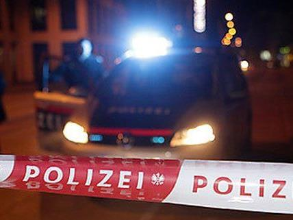 In Wien-Simmering hat ein blutiger Fund Passanten verschreckt.
