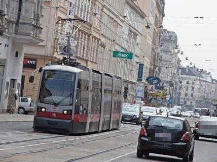 Auf der Währinger Straße fahren derzeit Straßenbahnen in zwei Richtungen - das will die ÖVP ändern