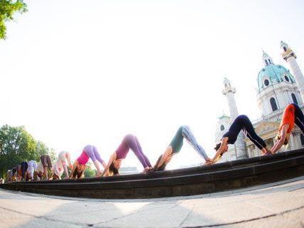 """Vom 21. bis 23. November wird Wien zur """"Yoga-Hauptstadt""""."""