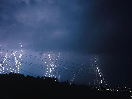 Forscher: Klimawandel führt auch zu mehr Blitzen