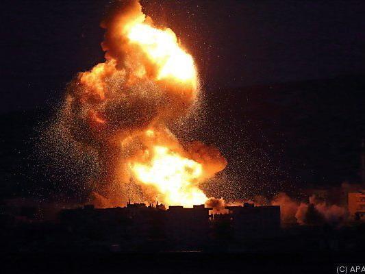 Die syrische Armee setzte ihre Luftangriffe fort