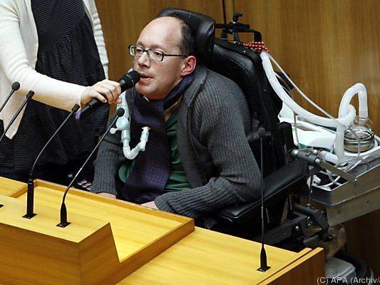 Behindertensprecher Huainigg weiter dagegen