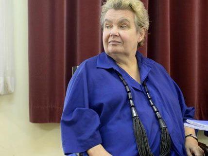 Die ehemalige kaufmännische Geschäftsführerin Stantejsky kämpft gegen ihre Entlassung.
