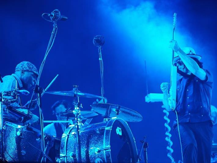 Gitarren-Künste vom Feinsten gab es bei Jack White.