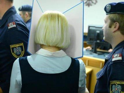 Die Beschuldigten wurden im Prozess weiter befragt.