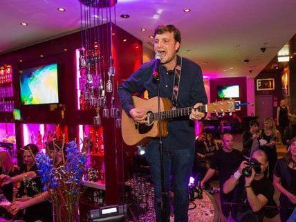 James Walsh ist bei der Eröffnungsfeier aufgetreten.