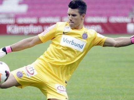 Osman Hadzikic wurde wegen Schiedsrichterbeleidigung für zwei Spiele gesperrt.