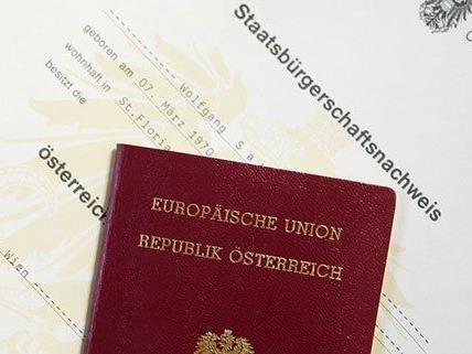 Heidrun Anschlag behält weiterhin ihren österreichischen Pass.