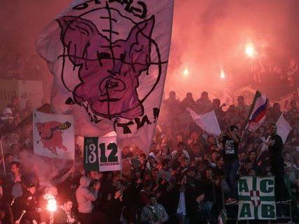 Nach den Vorfällen beim Wiener Derby im November sprach die Bundesliga nun harten Strafen aus.