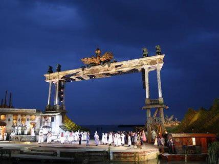 Die Seefestspiele Mörbisch überzeugen regelmäßig mit einem imposanten Bühnenbild.