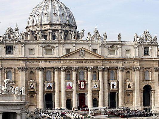 Der Vatikan verfügt über versteckte Geldreserven