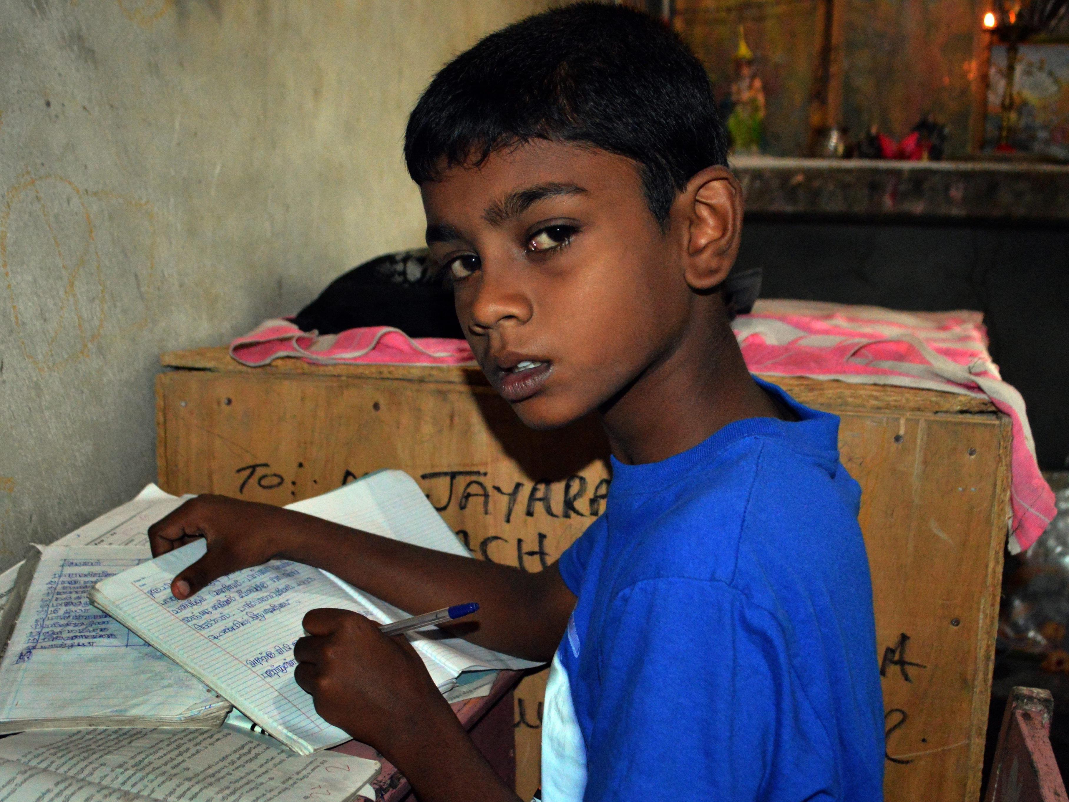 """Der zehnjährige Abilash Jeyaraja wurde weltweit als """"Baby 81"""" bekannt."""