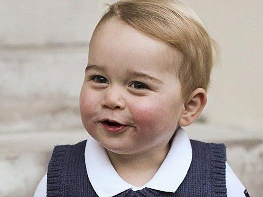 """Die Fotos sind eine Art """"Geschenk"""" an die Medien die sich in den letzten Wochen vom kleinen Prinzen fern hielten."""