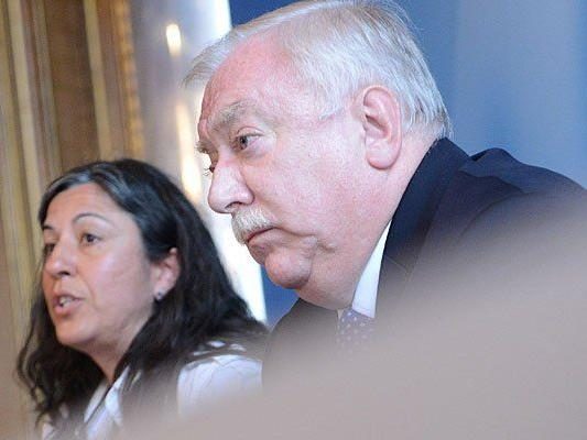 Bürgermeister Michael Häupl (SPÖ) und Vizebürgermeisterin Maria Vassilakou nahmen an dem Krisengipfel zum Wahlrecht teil
